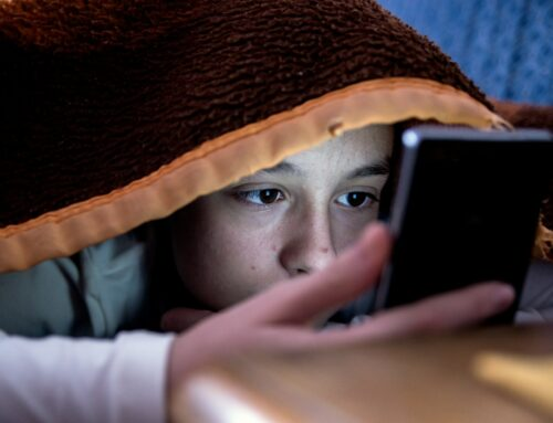 New Research Shows Impact of Nighttime Cell Phone Use on Teenage Mental Health